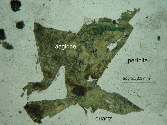 Index of /geosciences/petrology/Petrography/aegirine